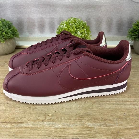 almohadilla Sobriqueta Carnicero  Nike Shoes | New Nike Cortez Night Maroon Sneaker | Poshmark